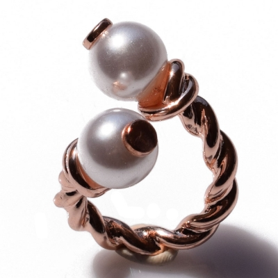 Ring faux bijoux with pearls in rose gold color BZ-RG-00321