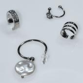 Σκουλαρίκια (σετ τέσσερα μαζί) φο μπιζού ορείχαλκος ear cuffs χωρίς τρύπα που γαντζώνουν στο αυτί με πέρλες και λευκούς κρυστάλλους σε ασημί χρώμα BZ-ER-00594 Εικόνα 2