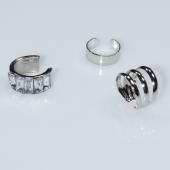 Σκουλαρίκια (σετ τρία μαζί) φο μπιζού ορείχαλκος ear cuffs χωρίς τρύπα που γαντζώνουν στο αυτί λουλούδι με λευκούς κρυστάλλους σε ασημί χρώμα BZ-ER-00598 Εικόνα 2