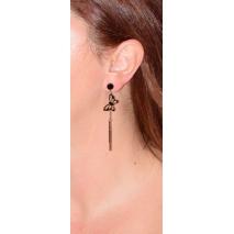 Σκουλαρίκια ατσάλινα (stainless steel) πεταλούδες με κρυστάλλους σε ροζ χρυσό χρώμα BZ-ER-00339 φορεμένο στο αυτί