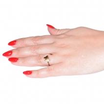 Δαχτυλίδι ατσάλινο (stainless steel) πεταλούδα σε χρυσό χρώμα BZ-RG-00273 εικόνα 2 φορεμένο
