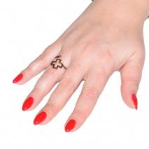 Δαχτυλίδι ατσάλινο (stainless steel) σταυρός σε ροζ χρυσό χρώμα BZ-RG-00277 εικόνα 2 φορεμένο