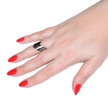 Δαχτυλίδι ατσάλινο (stainless steel) σε ασημί χρώμα BZ-RG-00302 εικόνα 2 φορεμένο