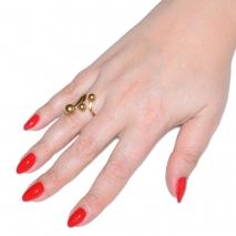 Δαχτυλίδι ατσάλινο (stainless steel) μπίλιες σε χρυσό χρώμα BZ-RG-00306 εικόνα 2 φορεμένο