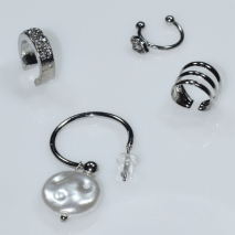 Earrings ear cuffs (set four together) faux bijoux brass that don't need hole and grapple the ear with pearls and white crystals in silver color BZ-ER-00594 Image 2