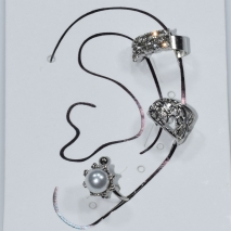 Earrings ear cuffs (set three together) faux bijoux brass that don't need hole and grapple the ear with pearls and white crystals in silver color BZ-ER-00595 Image 3