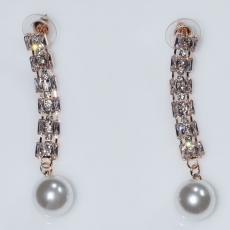 Σκουλαρίκια φο μπιζού ορείχαλκος καρφωτά μακριά με πέρλες και λευκούς κρυστάλλους σε ροζ χρυσό χρώμα BZ-ER-00608 Εικόνα 2