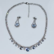 Necklace faux bijoux statement set with earrings in silver color with white crystals BZ-NK-00386 Image 3
