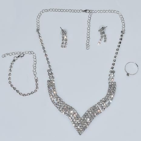 Κολιέ φο μπιζού statement σετ με σκουλαρίκια, βραχιόλι, δαχτυλίδι σε ασημί χρώμα με λευκούς κρυστάλλους BZ-NK-00379 Εικόνα 4