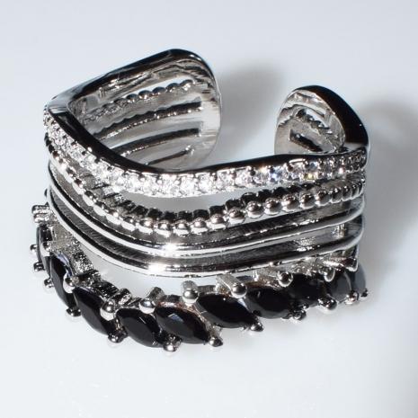 Δαχτυλίδι φο μπιζού ορείχαλκος με μαύρους και λευκούς κρυστάλλους σε ασημί χρώμα BZ-RG-00446 Εικόνα 2